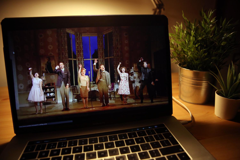 online tiyatro oyunu